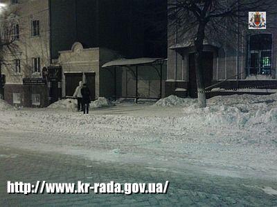 Комунальники розпочали вивезення снігу з магістралей міста у